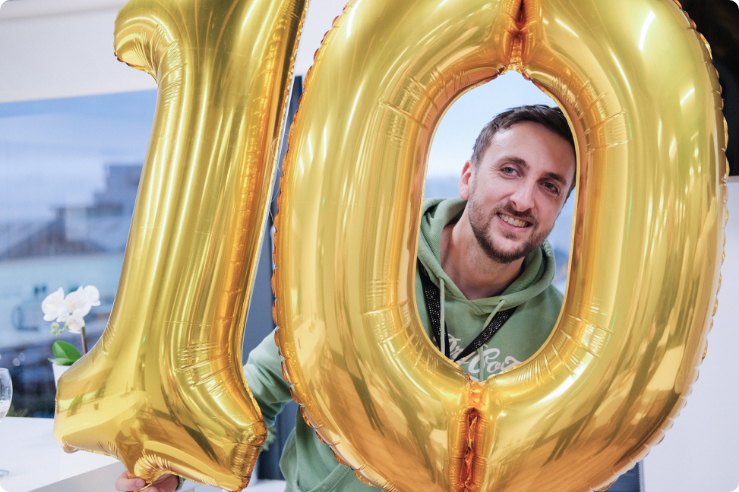 Nick Celebrates 10 years in Net Affinity